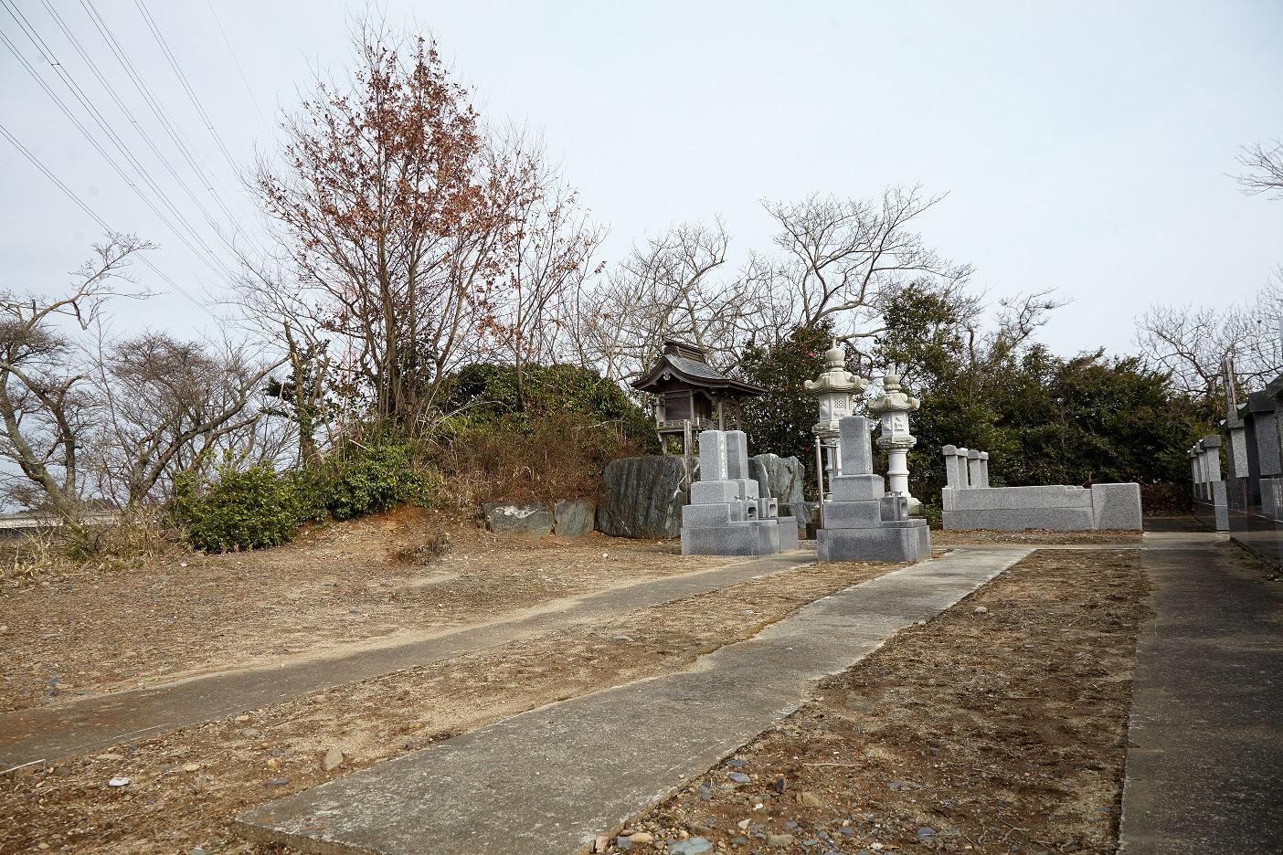加納崎霊園